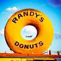 Randys-Donuts.jpg