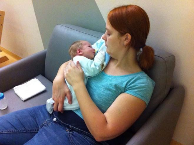 Tien dagen oud, in het ziekenhuis omdat hij nog niet was gestopt met krijsen.